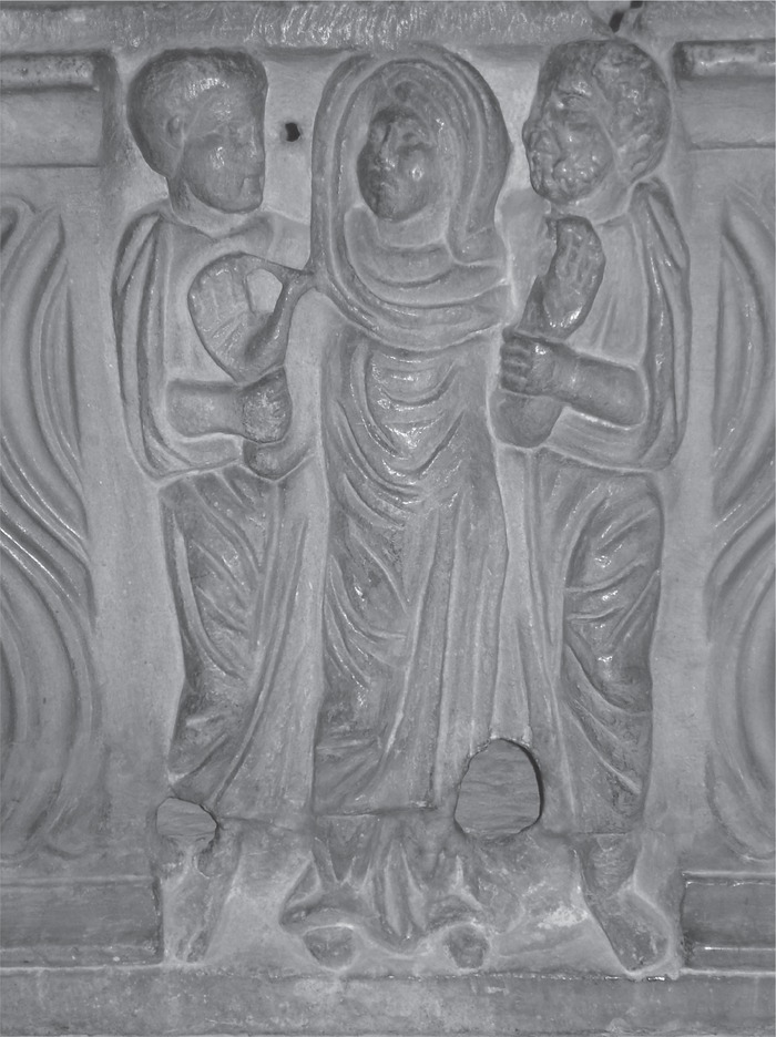 Orans with apostles from the center of a strigillated sarcophagus, Barcelona, Museo d'Arquelogía di Catalunya. Photo: Jutta Dresken-Weiland, with permission of the museum.